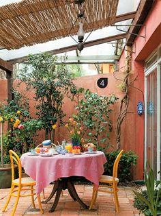 Muros E Paredes Coloridas No Jardim...!!!