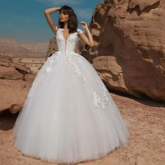 """Mi piace"": 3,485, commenti: 29 - Pnina Tornai (@pninatornai) su Instagram: ""Like a delicate flower in the desert. #PninaTornai #WindUponWater Collection"""