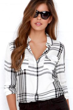 The O'Neill Norma Black and Ivory Plaid Button-Up Top is sure to be a wardrobe staple piece with symmetrical front patch pockets that frame a full-length mother of pearl button placket. Looks Style, My Style, Staple Wardrobe Pieces, Fashion Outfits, Womens Fashion, Fashion Top, Fashion Ideas, Comfortable Fashion, Cute Shirts