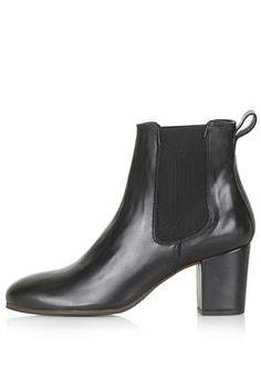 MEGAN Chelsea Boots