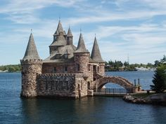 Boldt Castle is located on Heart Island in the Thousand Islands of the Saint Lawrence River #castle