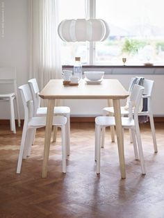 IKEA - LISABO, Table, ash veneer, Easy to assemble as each leg has only one screw. Ash is a strong hardwood material with a beautiful grain pattern. As it ages the color deepens moderately towards a deep straw color. Interior Ikea, Estilo Interior, Interior Design, Ikea Lisabo, Simple Dining Table, Ikea New, Plywood Chair, Single Chair, Stackable Chairs