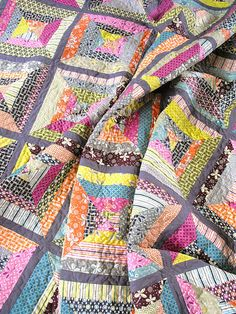 string quilt - love the color & grey together
