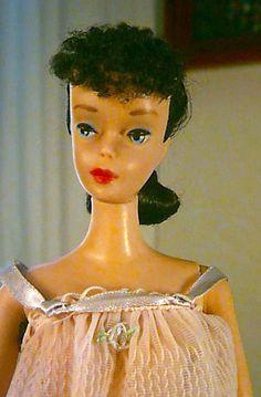 #4 Brunette Ponytail Barbie in Pink Sweet Deams
