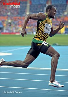 Athletic Events, Athletic Men, Usain Bolt Running, Usain Bolt Body, Running Pose, Fastest Man, Poses References, Olympic Athletes, Sport Photography