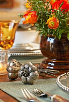 Love the pewter pieces with the fall colors