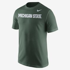 REPRESENT YOUR TEAM The Nike College Wordmark (Michigan State) Men's Shirt pays homage to your favorite team with a prominent print graphic on soft, comfortable cotton. Product Details Rib crew neck with interior taping Team print at chest Fabric: 100% cotton Machine wash Imported