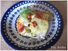 Zapiekanka ziemniaczana z kiełbasą, boczkiem i jajkiem na twardo