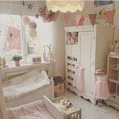 shared kids room..