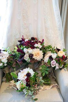 Seasonal Flowers, Bouquets, Floral Wreath, March, Wreaths, Seasons, Wedding Dresses, Bride Dresses, Floral Crown