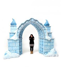 High quality Ice Palace Entranceway available to hire. View Ice Palace Entranceway details, dimensions and images. Frozen Birthday Party, Frozen Party, Play Frozen, Frozen Kids, Frozen Theme, Snow Theme, Winter Theme, Office Christmas, Christmas Door