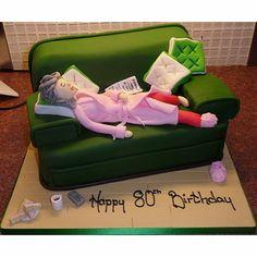 Mini me character cakes