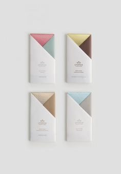 How do you make a chocolate packaging stand out? Utopick chocolates made their chocolate packaging look great with one simple twist. Food Packaging Design, Print Packaging, Packaging Design Inspiration, Graphic Design Inspiration, Coffee Packaging, Bottle Packaging, Typography Inspiration, Cienfuegos, Chocolate Brands
