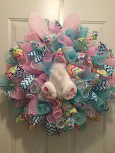 Spring Wreaths Easter Wreaths Christmas Wreaths Easter Arts And Crafts Spring Crafts Easter Decor Easter Ideas Deco Mesh Wreaths Door Wreaths Easter Wreaths, Christmas Wreaths, Spring Wreaths, Easter Crafts, Easter Decor, Easter Centerpiece, Bunny Crafts, Easter Table, Easter Party