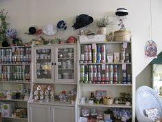 The Traveling Teapot: Pickwick Society Tea Room and John Deere