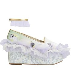 Nymph Frilly Wedge (Samples)