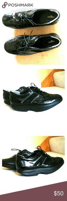 Cogent  Neutral Balance Mechanism  Rocking Shoes Wonderful Rocking Sole Black Cogent Shoes,  almost like new! Cogent  Shoes Athletic Shoes