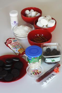 mashmallow snowman cupcake diy 108A Chocolate Mint Brownies, Dark Chocolate Truffles, Christmas Goodies, Christmas Treats, Christmas Stuff, Xmas Food, Christmas Cooking, Bake Sale Recipes, Cooking Recipes