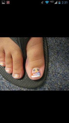 Nascar toes