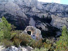Calanques de Cassis (France) http://www.runtheplanet.fr/2014/04/calanques-de-cassis-cevennes-trail-club.html