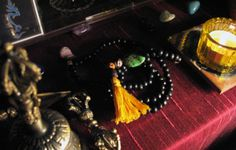 What is a Mala: How to use Tibetan Prayer Beads