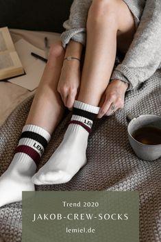 Jakob von #LEMIEL - mit viel #Liebe zum Detail in #ingolstadt   designed #socks #sockendesign #shoot #coffee #bed Sport Socks, Trends, Sporty, Pairs, Unisex, Retro, Starbucks, Espresso, Ravelry