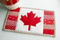 (7) Name: 'Quilting : Canadian Flag (Maple Leaf) Mug Rug