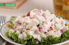 Salát s kuřecím masem je ideální lehký pokrm pro celou rodinu. Na pánvi si opečeme osolená a opepřená kuřecí prsa. Top Recipes, Potato Salad, Potatoes, Ethnic Recipes, Desserts, Tailgate Desserts, Deserts, Potato, Postres
