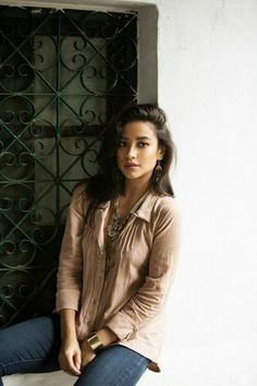 Glamour Magazine: Shay Mitchell's Travel Journal to India with R+L