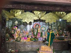 Dandavats Pranamas! Dia 29 de outubro é o terceiro dia do Sri Vraja-mandala Parikrama 2015, e foram visitados locais muitos especiais como: Seva-Kunja, Imlitala, Templo Sri Radha Damodara, Lalita-K…