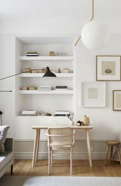 38 Small Home Office Inspiration with Scandinavian Style Interior Design Minimalist, Minimalist Decor, Home Interior Design, Minimalist Office, Modern Minimalist, Modern Interior, Home Office Design, Home Office Decor, House Design