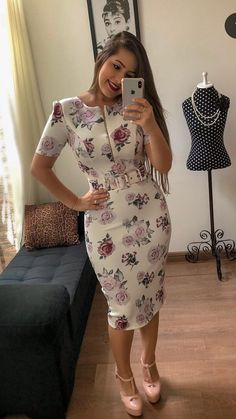 Shop sexy club dresses, jeans, shoes, bodysuits, skirts and more. Flowery Dresses, Elegant Dresses, Beautiful Dresses, Casual Dresses, Indian Gowns Dresses, African Fashion Dresses, Classy Work Outfits, Classy Dress, Indian Designer Outfits