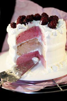 Chloe Delight: Layer cake Chantilly & Blackberries