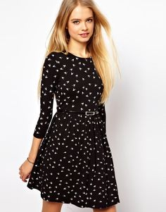ASOS Skater Dress - Wantering http://www.wantering.com/womens-clothing-item/asos-skater-dress-in-hummingbird-print-with-34-sleeves/aaxMw/