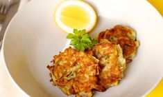 toddler freindly-These easy potato and zucchini fritters make 12 large fritters. Freeze any leftover fritters by wrapping them individually so you can reheat them as you need them later. Veggie Fritters, Potato Fritters, Zucchini Fritters, Quick Recipes, Baby Food Recipes, Cooking Recipes, Toddler Recipes, Toddler Meals, Easy Cooking