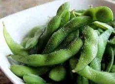 edamame o frijoles de soya Soya, Edamame, Green Beans, Cucumber, Vegetables, Pinto Beans, Snap Peas, Food Items, Salud