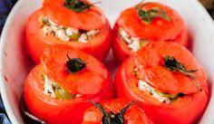 RECEPT: Plnené paradajky so syrom a olivami Wordpress, Stuffed Peppers, Fruit, Vegetables, Tofu, Stuffed Pepper, Vegetable Recipes, Stuffed Sweet Peppers, Veggies