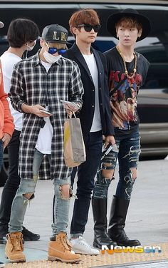 [Naver] 140605 SHINee w/o Onew @ Incheon Airport ~ Music Bank Brazil ~ 'SHINee's Stands Out Airport Fashions' #36  pic.twitter.com/GWp7FXsF8x
