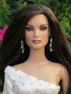 About Vanessa: Vanessa is a Celebration Tyler doll repainted by Tracy Weston.