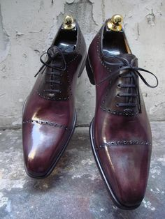 Altan Bottier in one of my favorite colors for shoes.