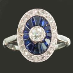 Most elegant French Art Deco engagement ring with diamonds and sapphires