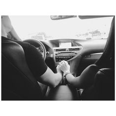 Couple Posts💏 Relationship & lots of love💕 ask // couple // others // insta in my heart ♡ ♡ Teen Couples, Cute Couples, Cute Relationships, Relationship Goals, Hold My Hand, Boyfriend Goals, Boyfriend Girlfriend, Young Love, Poses