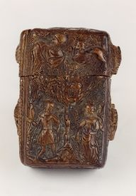 KIK-IRPA, Brussels (Belgium): Detailed presentation of the selected record(s) Case with Tristan and Isolde, for a set of ivory writing-tablets, made in Paris c. 1341-1360