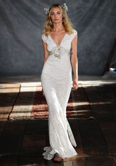 Fall in Love with the Bohemian 'Romantique' Collection by Claire Pettibone | OneWed