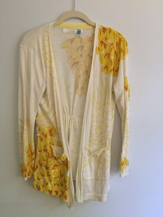 Anthropologie - beige yellow flowers cardigan