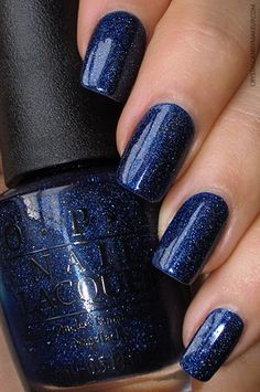 OPI Holiday 2015 Starlight Collection - Give Me Space (Review : http://www.crystalcandymakeup.com/2015/12/opi-holiday-2015-starlight-collection.html)
