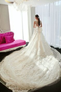 Nova trilha de 2014 Deluxe lace backless casamento vestido vestidos de noiva princesa Korean do estilo do casamento vestido à direita