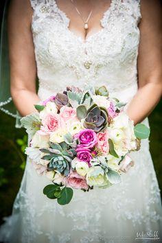 #Michiganwedding #Chicagowedding #MikeStaffProductions #wedding #reception #weddingphotography #weddingdj #weddingvideography #wedding #photos #wedding #pictures #ideas #planning #DJ #photography #bouquet #bride #bridesmaids
