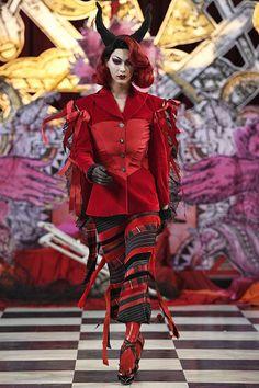 Dilara Findikoglu Spring/Summer 2018 Ready To Wear   British Vogue