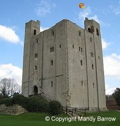 The Parts of a Castle Castle Parts, Story Of The World, Middle Ages, Castles, Medieval, Boards, The Unit, Planks, Chateaus